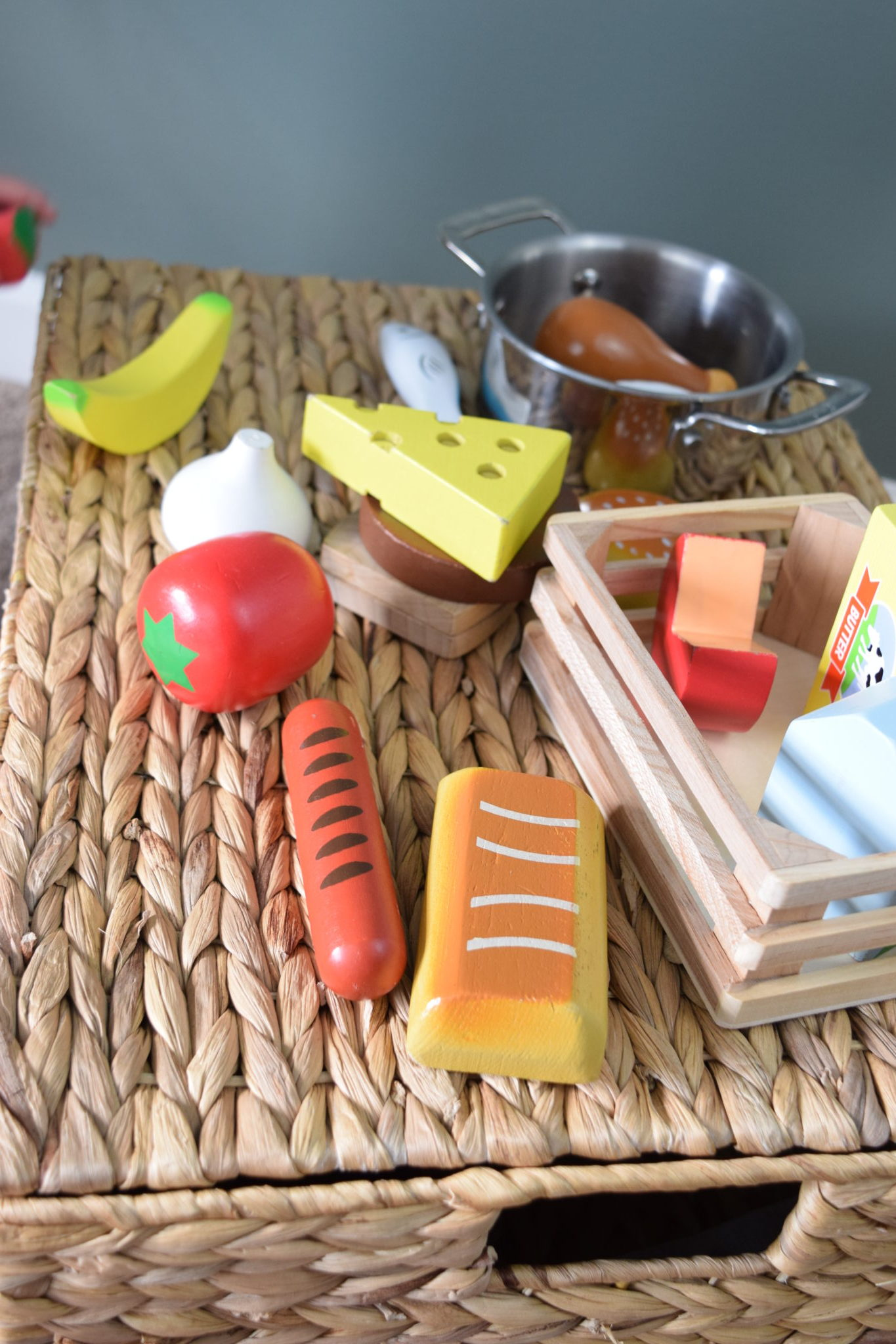 7 Best Play Kitchen And Food Toys 2019 Entertain Your Toddler